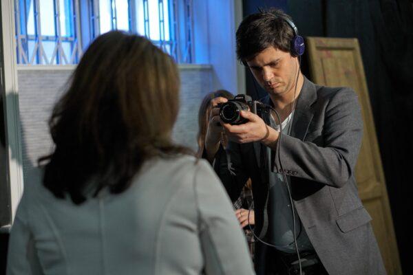 Ruggero Dalla Santa teaching a Screen Acting Workshop